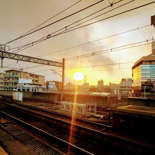 阪急茨木市駅の夕日