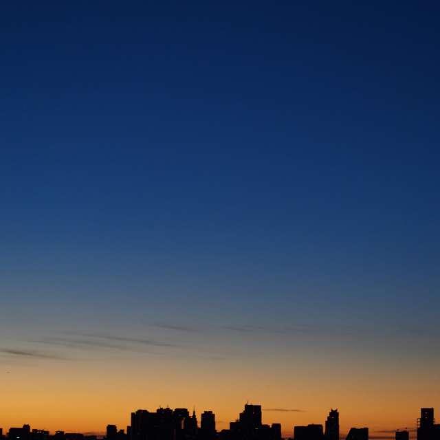 東京の夜明