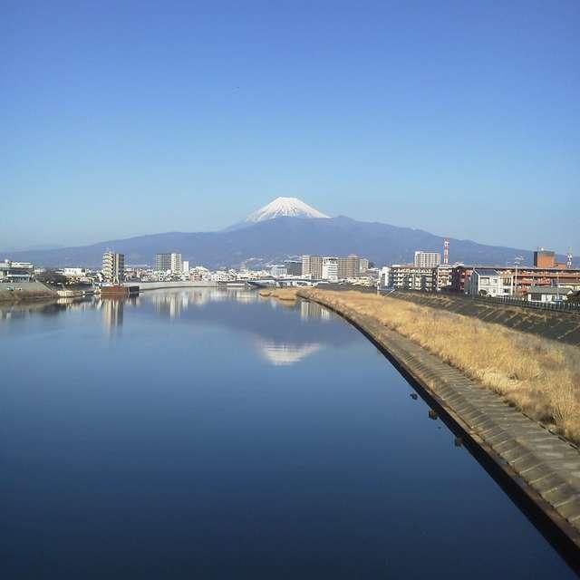 狩野川に映る逆さ富士