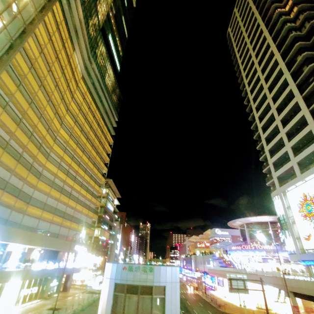 寒い夜の天王寺駅