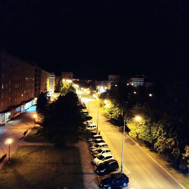 Hluboká noc