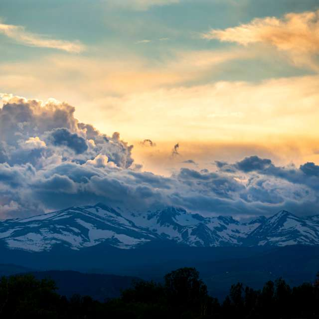 Hokusai clouds