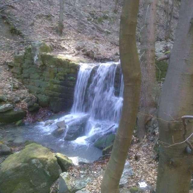 Wodospad, Ustroń