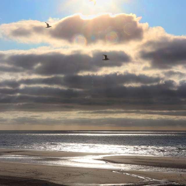 Sonne und Wolken
