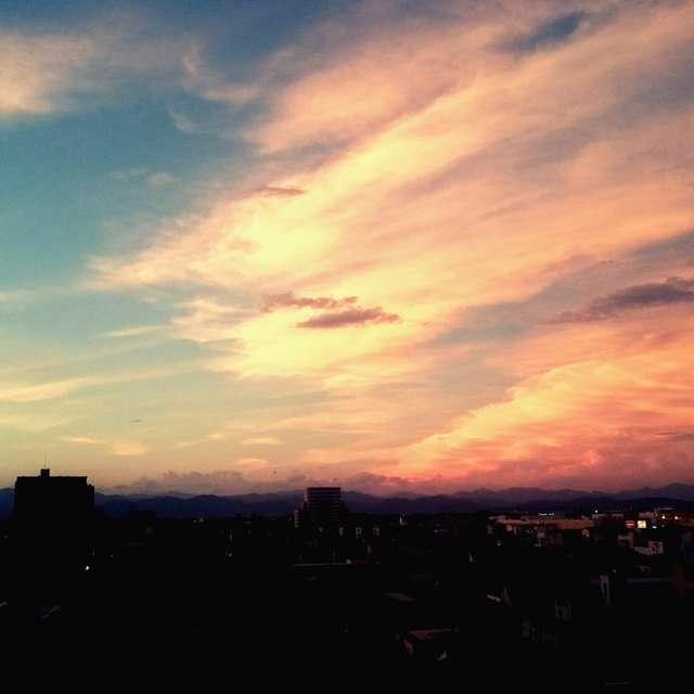 雲と空と夕陽