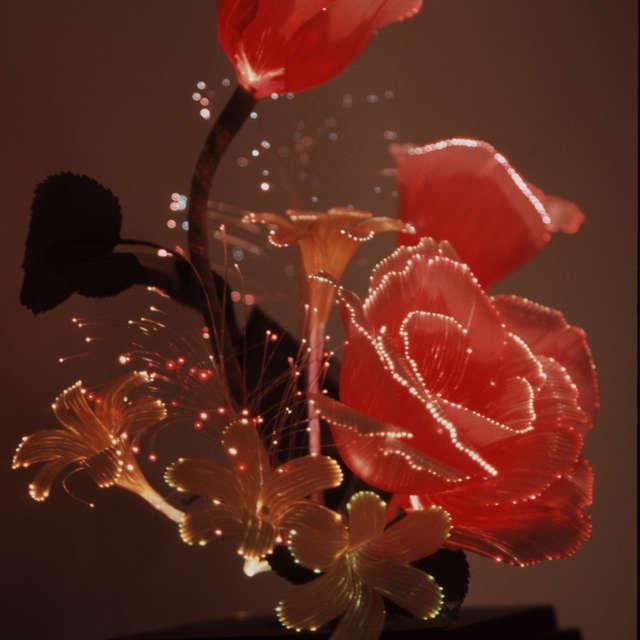 sculpture metal rose