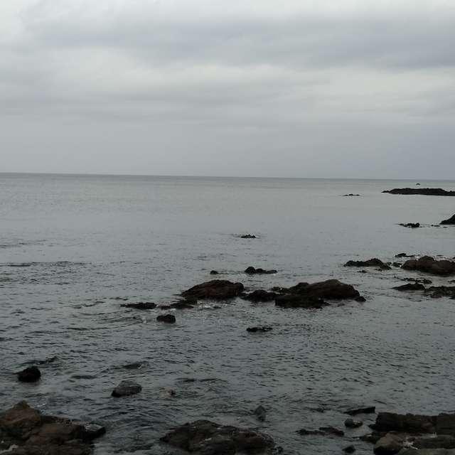 荒れそうな日本海