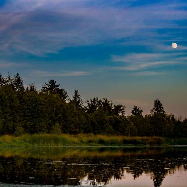 Super Moonrise ,BC, CA