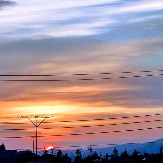 Sti🐤# 蔵王連峰に広がる鮮やかな 夕陽