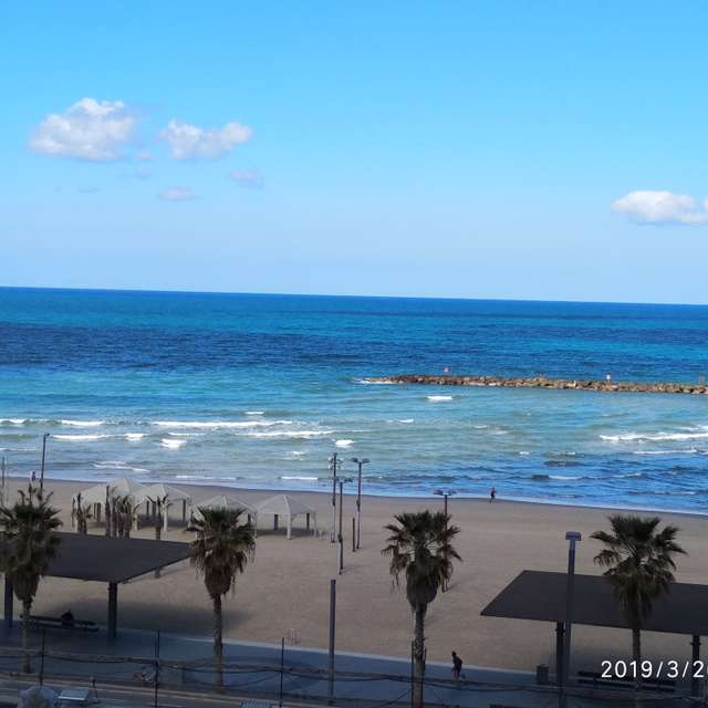 Tel-Aviv пляж.