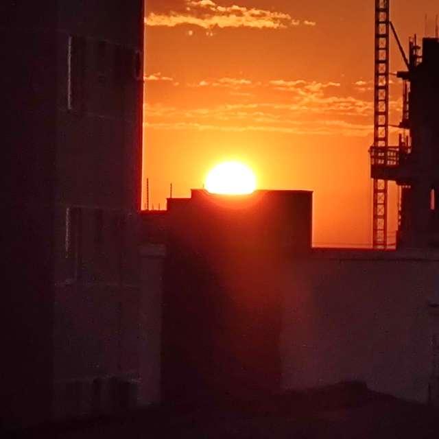 Nascer do Sol na minha janela!