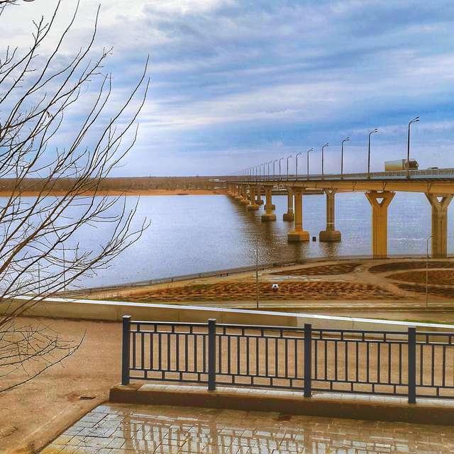 Волга. Мост.