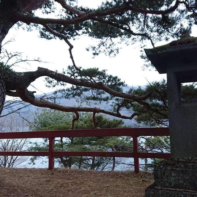 二荒山神社中宮祠の石灯篭