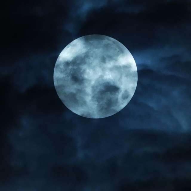 lunar eclipsee at bangkok