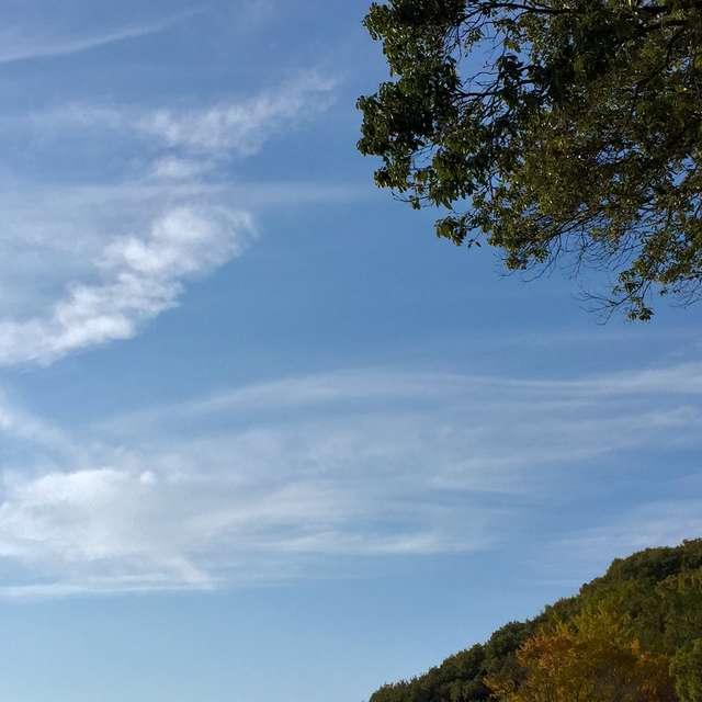 龍のように流れる雲