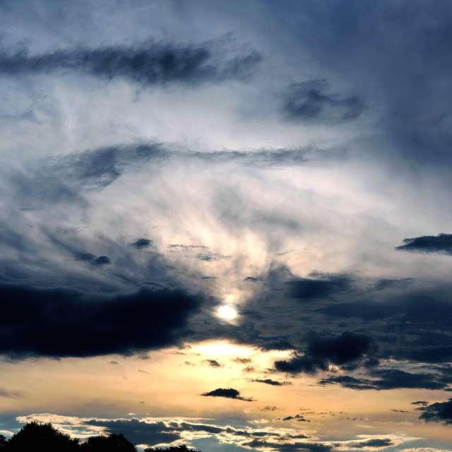 Sunset minus 60 min