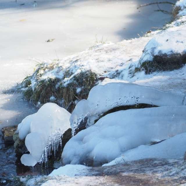 Led okolo pramene Psíček