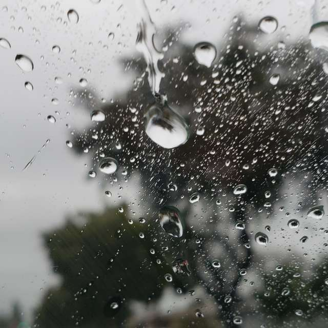 Focused raindrops