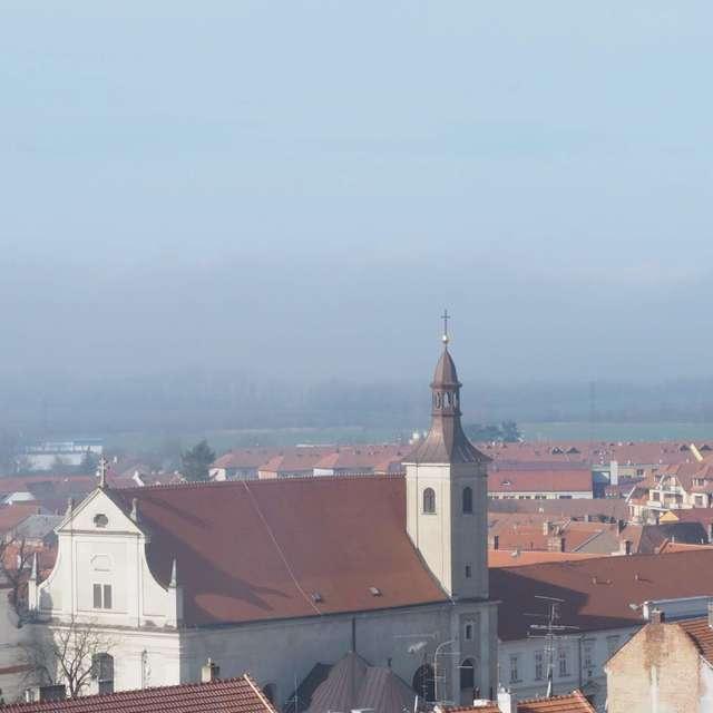 Mlha nad Mikulovem