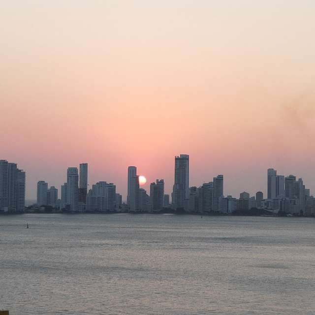 Sun down cartagena Skyline