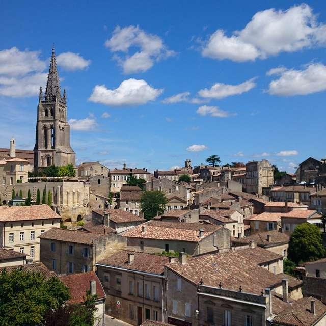 サン=テミリオン (Saint-Émilion)