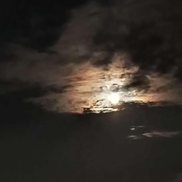 Vollmond am Nachthimmel