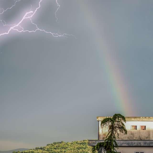 Love Thunder & rainbow