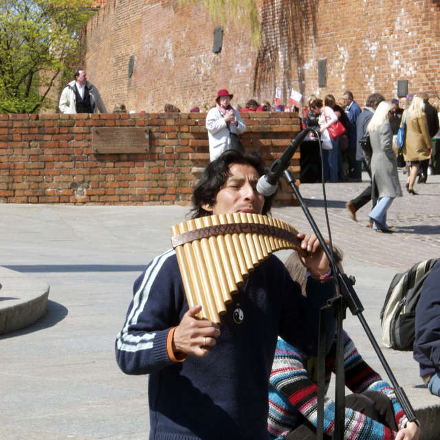 Peruvian musician in Warsaw