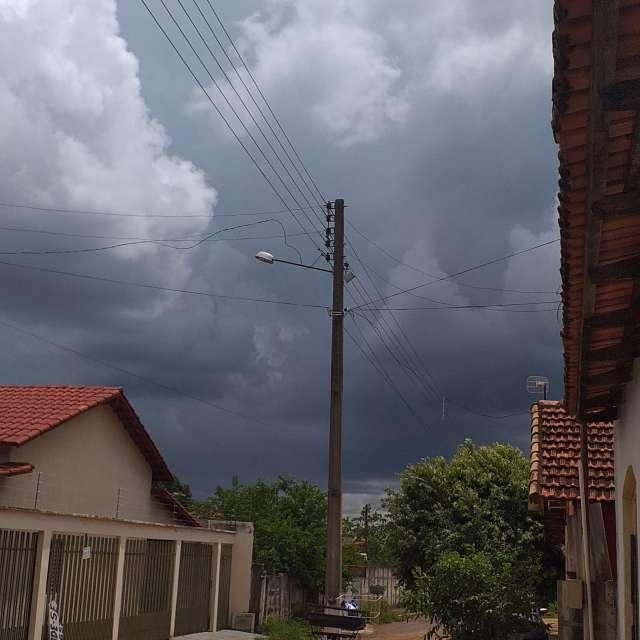 Foto tirada em um dia nublado