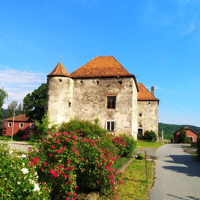 15th century castle
