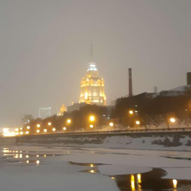 Ледокол на Москва-реке
