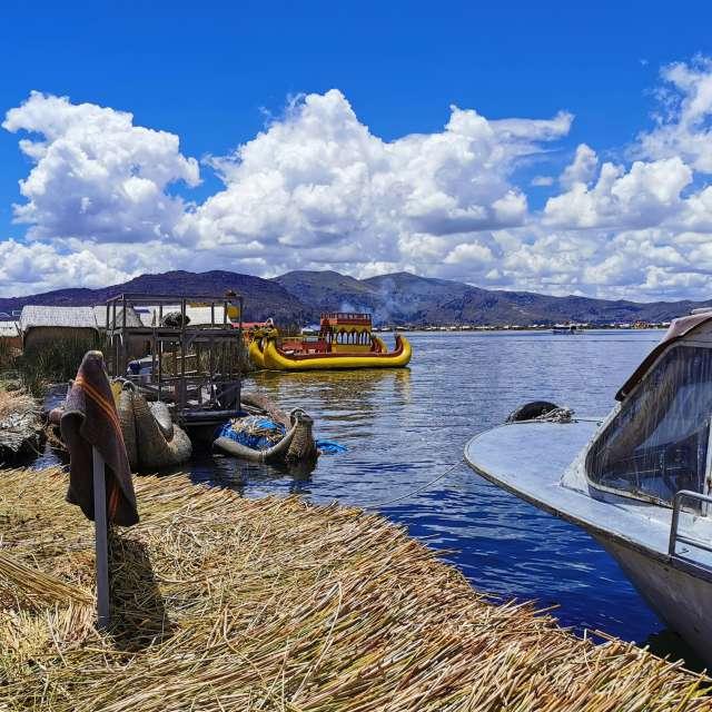 Titicacasea - Uros in Peru