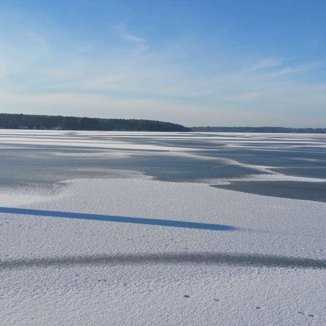 Wannsee unter Schnee und Eis