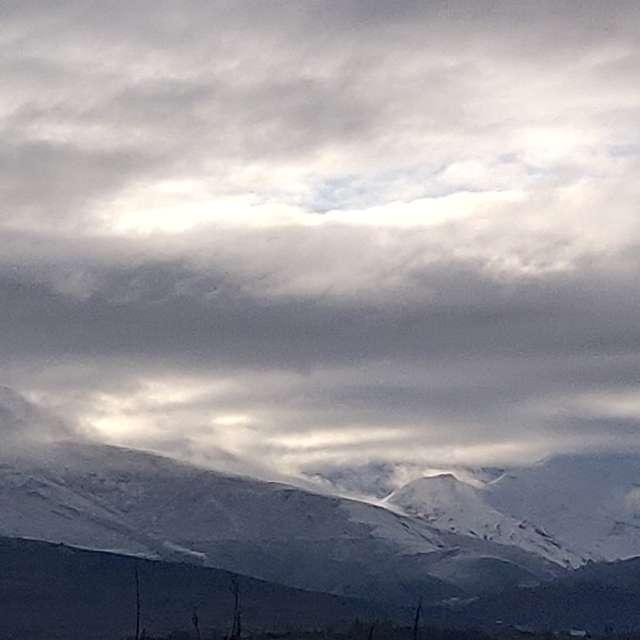Montes Aquilianos nevados.