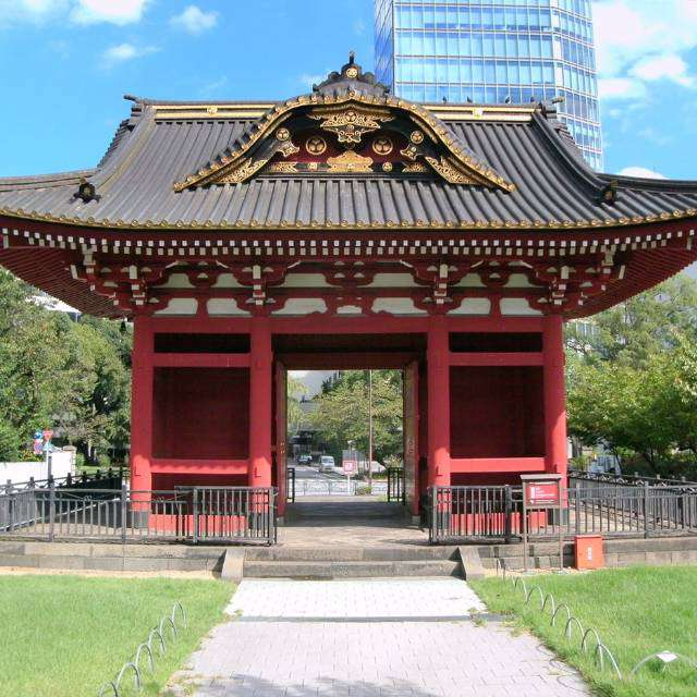 旧台徳院霊廟惣門(港区芝公園)