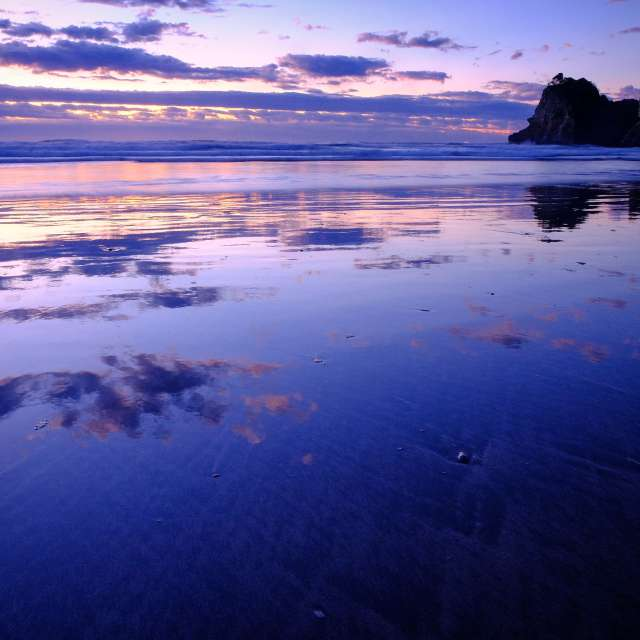 鏡のような砂浜リフレクションが素晴らしく綺麗でした。